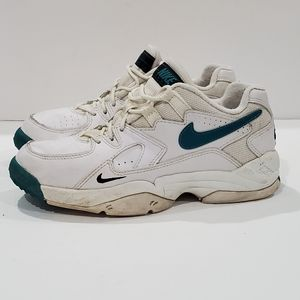 Nike womens 8 vintage 1995 air max cross trainers